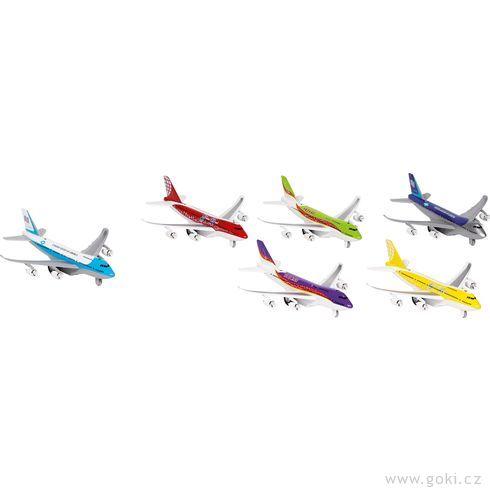 Letadla sesvětlem azvukem azpětným natahováním - Goki