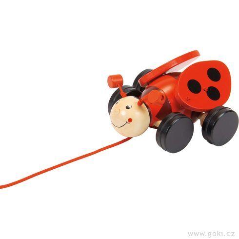 Dřevěná tahací hračka – Beruška Lil - Goki