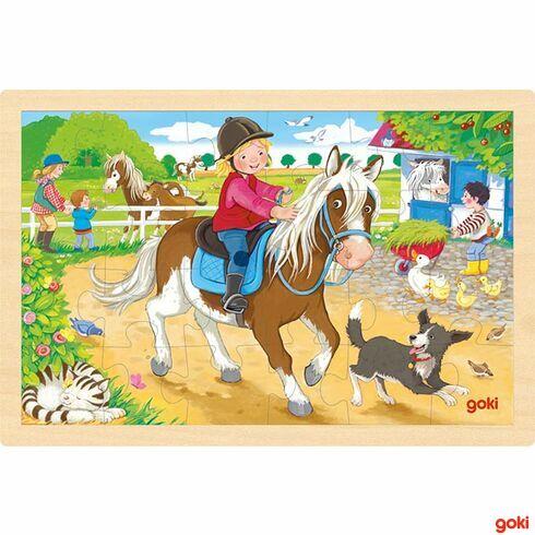 Dvůr sponíky –dřevěné puzzle, 24díly - Goki