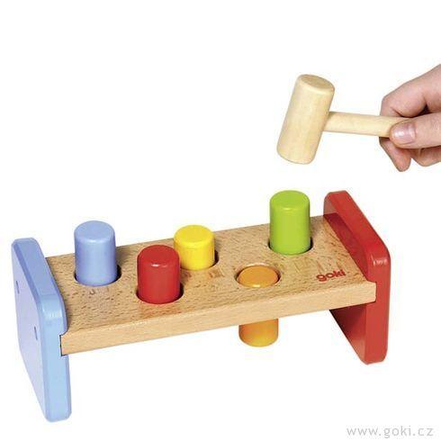 Zatloukačka – dřevěná hračka - Goki