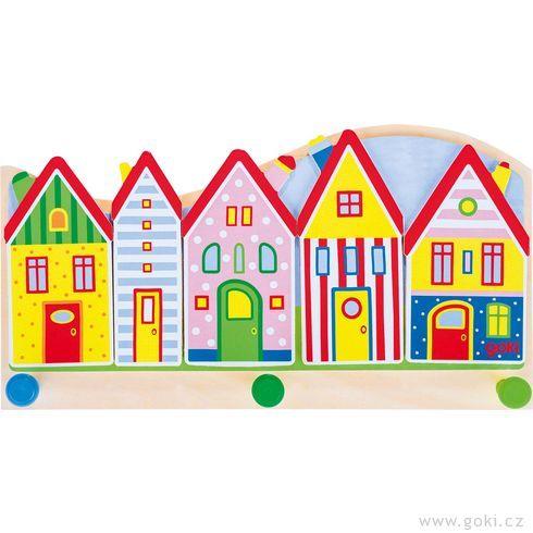 Dětský věšák zedřeva – malé město - Goki