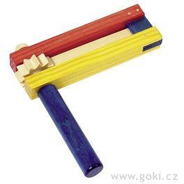Barevná dřevěná řehtačka II